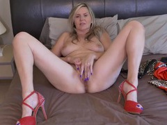 Sparkly high heels on a sexy cunt rubbing mommy movies
