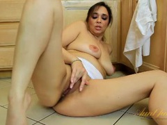 Housewife masturbates on her kitchen floor movies at sgirls.net