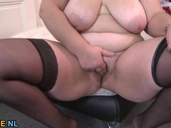 Bbw strips on christmas to put on a toy show videos
