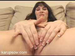 Solo pornstar rayveness finger bangs her pink cunt videos