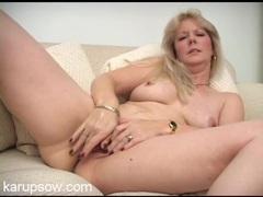 Masturbating mature babe has a beautiful big ass movies at lingerie-mania.com