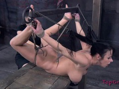 Curvy bound girl worships her mistress movies at kilopics.net