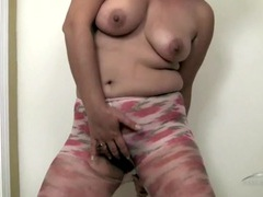 Big bush revealed as she tears open her pantyhose videos