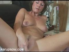 Dildo fucking milf fucks her lovely pink pussy tubes