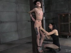 Whipping the skinny body of a kinky bdsm slut videos