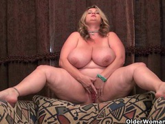Bbw milfs kimmie kaboom and love goddess strip off movies at lingerie-mania.com