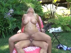 Devon lee outdoors for a wild hardcore fucking videos