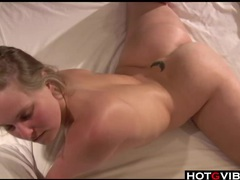 Big ass blonde uses her toys in bed videos