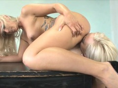 Naked blonde girls feast on sexy wet pussy videos