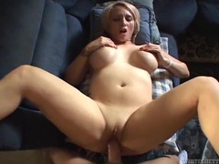 Pierced cunt of this amazing curvy girl takes a dick videos