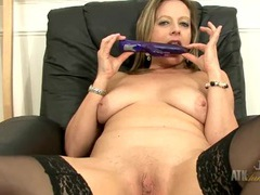 Toy slides into her wet milf pussy videos