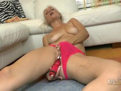 Hot pink panties on a smoking hot masturbating mom tubes