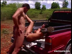 Fucking cunt of a gorgeous girl in his truck bed movies at find-best-mature.com