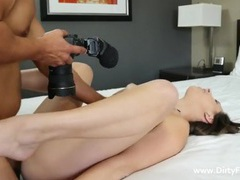 Curvy girl spreads in his bed and gets laid videos