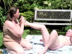 Hot tubbing bbw babes eating cunt erotically videos