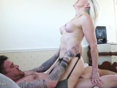 Mommy makes his pussy feel good as she rides movies at relaxxx.net