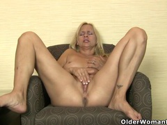 American milf payton leigh finger fucks her mature pussy movies at sgirls.net
