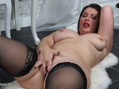 Thick curves are stunning on a solo brunette milf videos