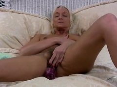 Hairy mature twat on a sexy masturbating blonde movies at kilosex.com