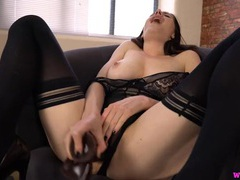Samantha bentley gives you three minutes to cum with her videos