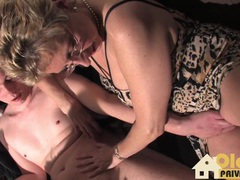 Mutti ist auch dabei movies at find-best-videos.com