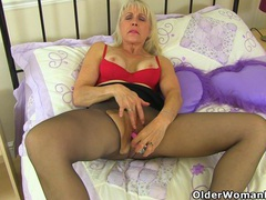 English gilf lady sextasy needs sexual release movies at find-best-hardcore.com