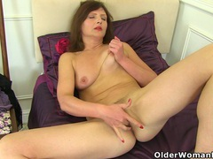 German milf kristine von saar fingers her hungry cunt movies at very-sexy.com