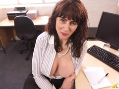 Milf office hottie lets her big tits pop out of a blouse videos