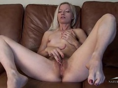 Pretty girl with a marvelous bush rubs her clit videos