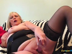Bbw in black lingerie pushes a toy into her cunt videos