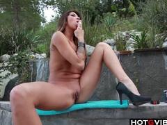 Latina hottie outdoor solo fun tubes