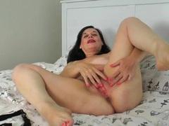 Voluptuous mature solo slut fingers her wet snatch movies at lingerie-mania.com