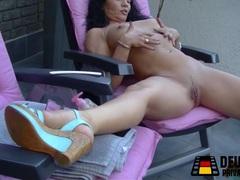 Milf self pussy massage movies at freekiloporn.com