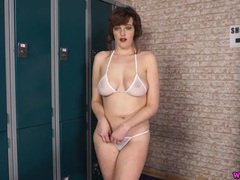 Skimpy g-string bikini is stunning on a curvy english girl videos