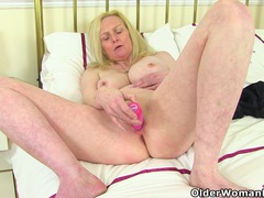 British milf fiona gives her fanny the attention it needs movies at find-best-babes.com