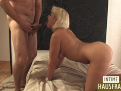 Blonde milf shaved pussy movies