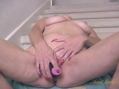 Dildo fucking mature cutie takes us in for a pussy close up tubes