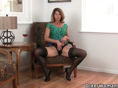 My favorite next door milfs from the usa: jamie, niki and sofie videos