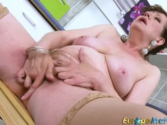 Granny finger bangs her hairy vagina videos