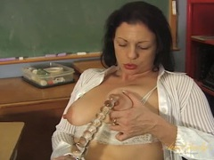 Teacher pussy is nice and wet as she fucks a toy movies at sgirls.net
