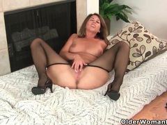 My favorite next door milfs from the usa: jamie, niki and sofie 2 videos