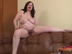Lusty fat girl dazzles in a solo striptease movies at find-best-videos.com
